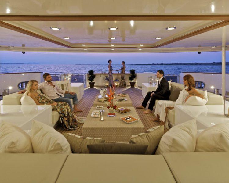 Verhuur van luxe plezierjachten Nauticus